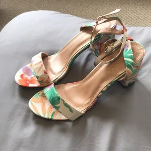 Shoes - Tropical Print Block Heel Sandals
